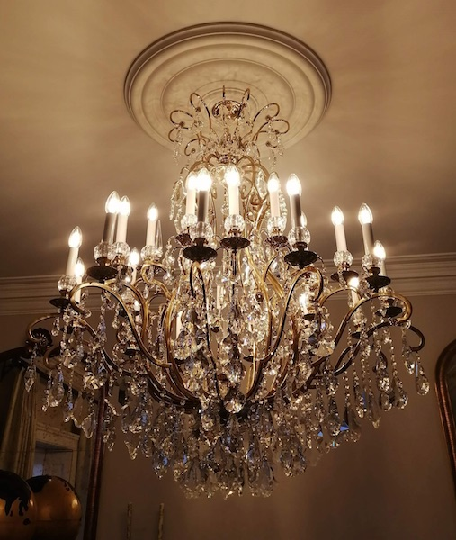 fench chandeliers uk